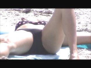 Candid Beach Teen Crotch Shot Spy 64, Legs Wide Open