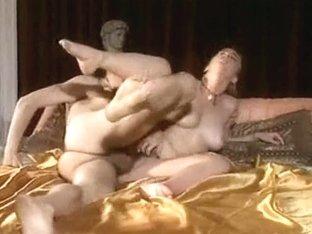 Italian Vintage Porn Clip With A Teen Bimbo