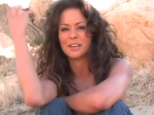 Brooke Burke Photoshoot Bts