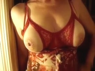 I'm Masturbating In My Nasty Amateur Big Tits Video
