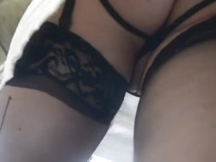 Upskirt Pussy Lips, Stockings & Suspenders