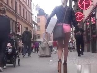 Superb Blonde In Pink Shorts