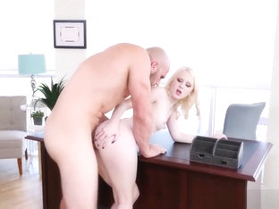 Sexy Lily Rader Is Getting A Stiff Revenge Up Her Cunt