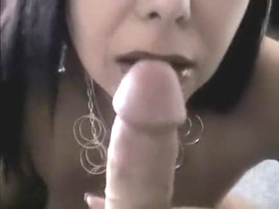 Quickie Handjob From Friendlyneighbour Mom Who Loves Cum On Face