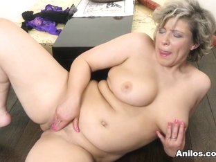 Angel Baby In Show It Off - Anilos
