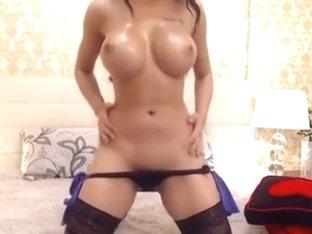Nicolebellaa